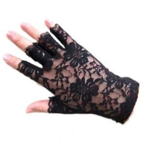 Accessories - Lace Fingerless Gloves